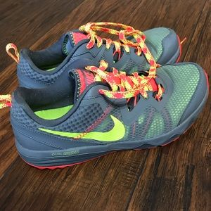 Nike Dual Fusion Trail Running Shoes. Size 8.5.